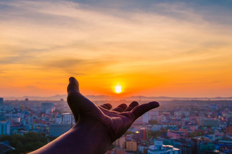 Sou Grato (3) – Cinco princípios para uma melhor humanidade, com Reiki