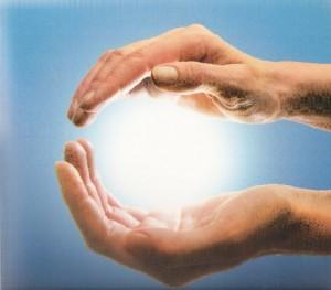 A energia flui das nossas mãos, como se fosse uma onda - Reiha