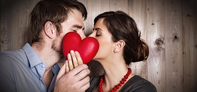 casal-aos-beijos-Presente-para-o-dia-dos-namorados-zarpo-magazine